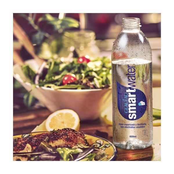SMART WATER (AGUA VAPORIZADA y DESTILADA CON ELECTROLITOS) 600ML. (AQUABONA)